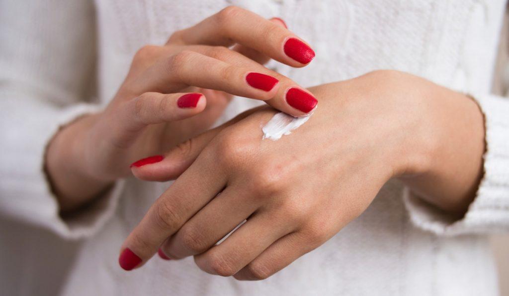 trattamento laser mani