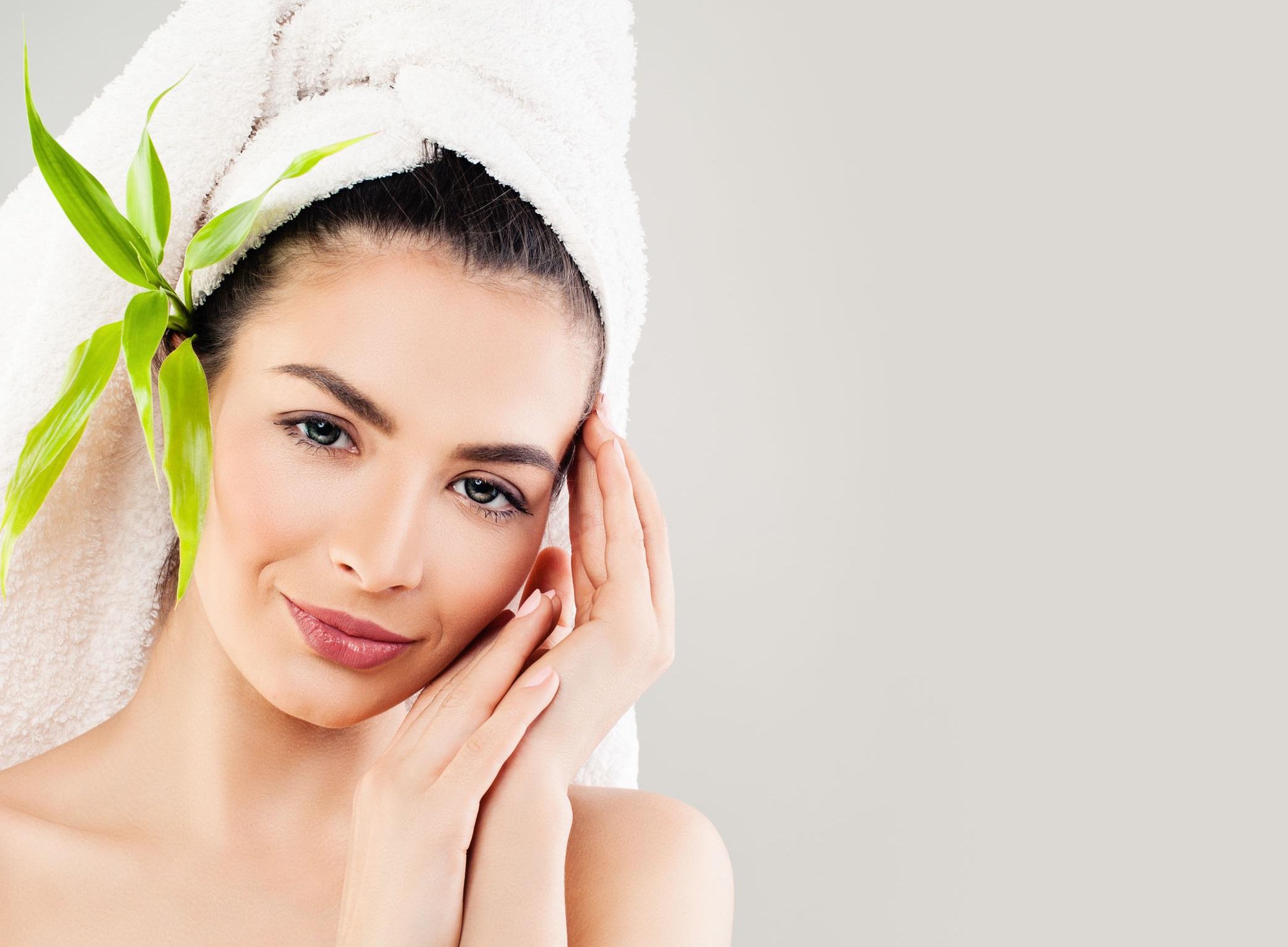 Consigli per depurare la pelle acneica